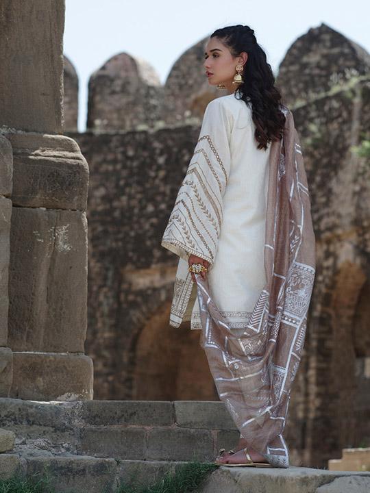 Sheesha Taanka Collection 2019 By Nida Azwer (7)