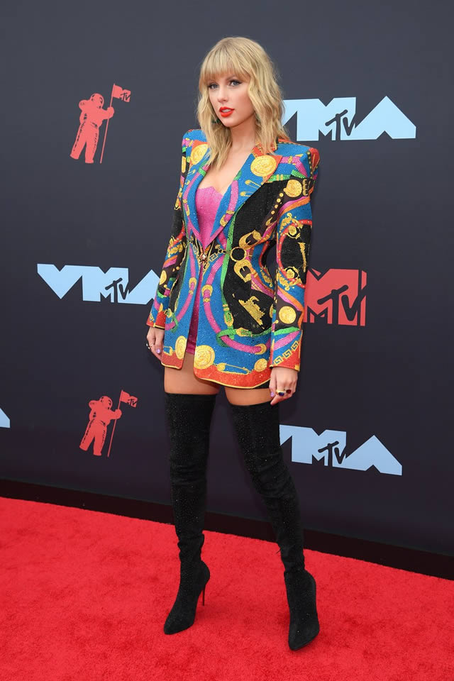 VMA red carpet fashion at the MTV Video Music Awards 2019 (17)
