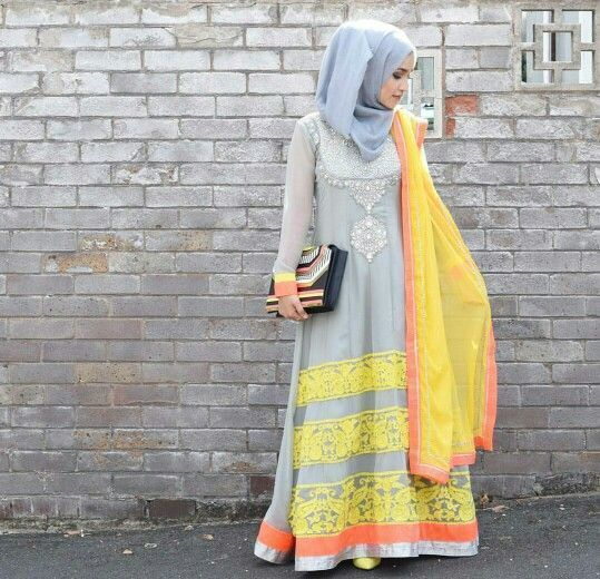 How Pakistani Womens Wear Hijab With Shalwar kameez (4)