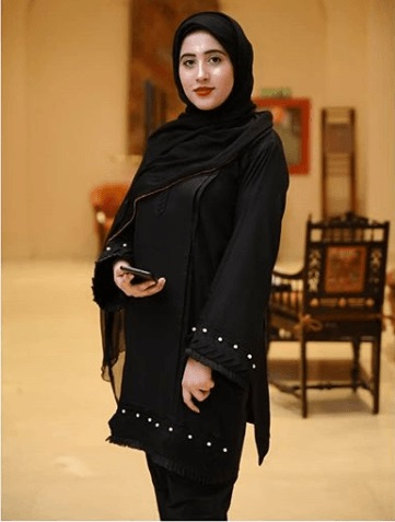 How Pakistani Womens Wear Hijab With Shalwar kameez (8)