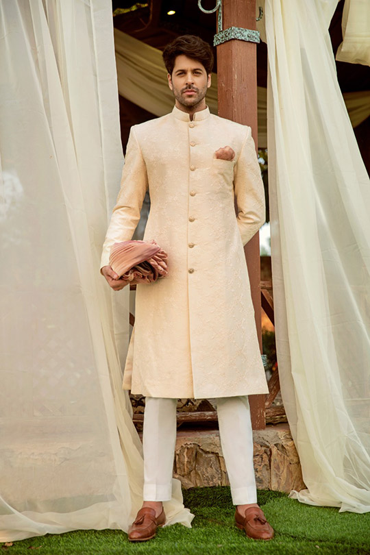 Adam And Eve Bridal Dresses Collection 2019 By Sadaf Fawad Khan (8)