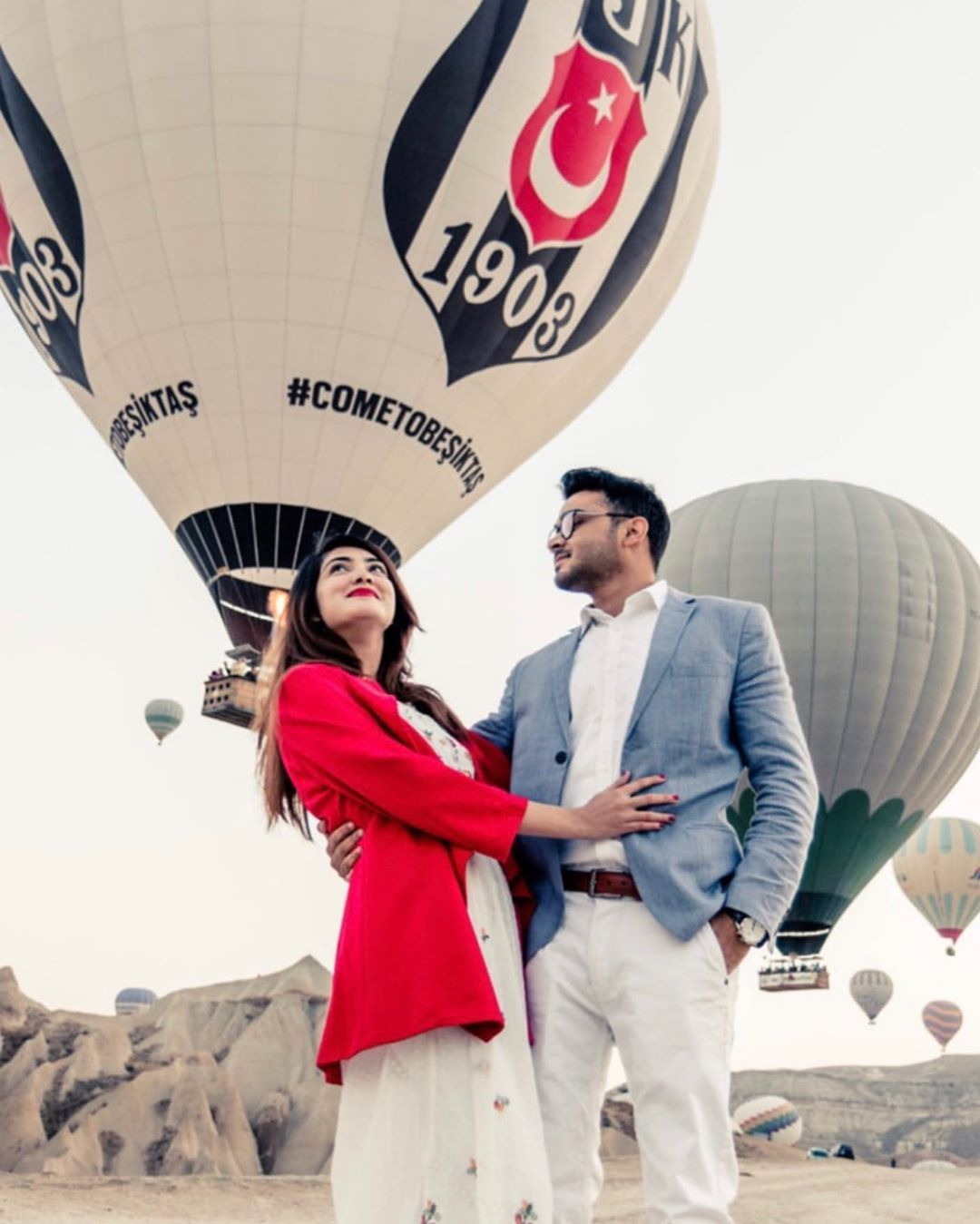 Alizeh Tahir Pakistani Actress Pictures from Cappadocia Turkey (3)