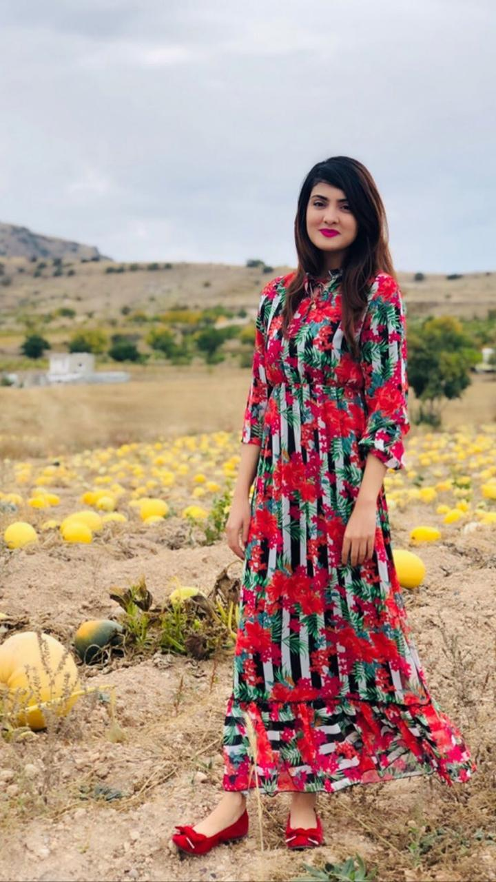 Alizeh Tahir Pakistani Actress Pictures from Cappadocia Turkey (8)