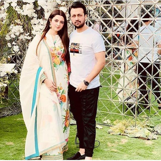 Atif Aslam Latest Images with his Wife Sara Bharwana (5)