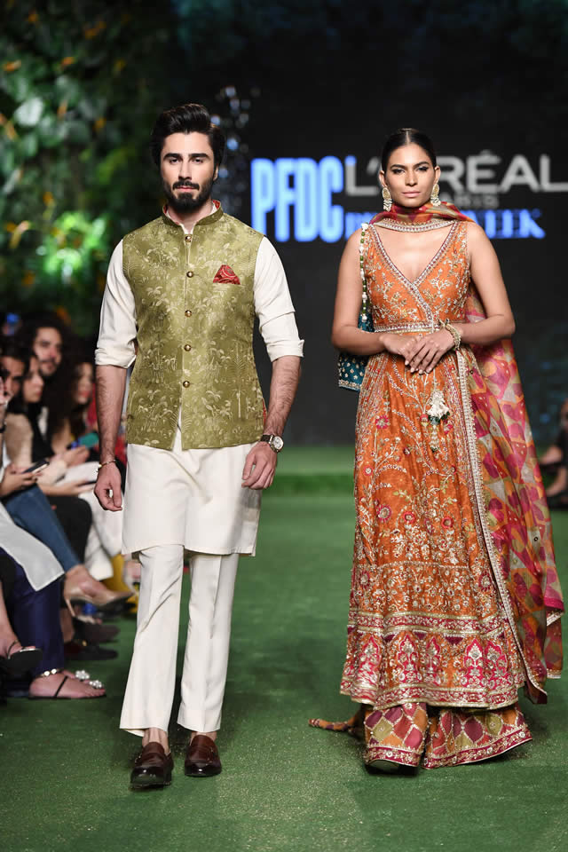 DILARA Bridal Dress Collection at PLBW 2019 By Sania Maskatiya (12)
