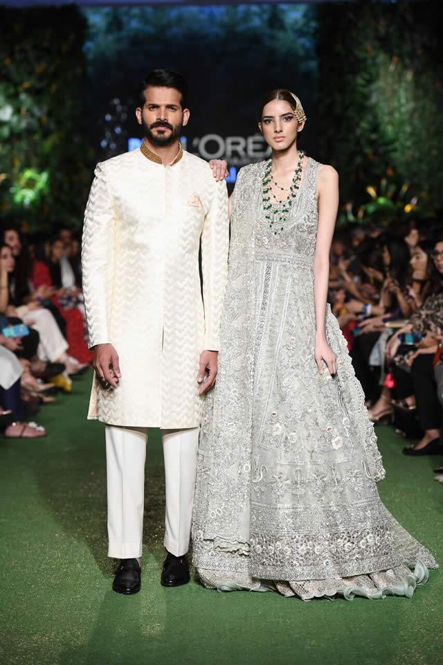 DILARA Bridal Dress Collection at PLBW 2019 By Sania Maskatiya (5)