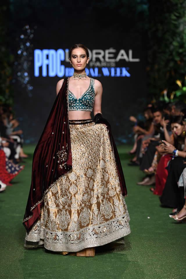 DILARA Bridal Dress Collection at PLBW 2019 By Sania Maskatiya (8)
