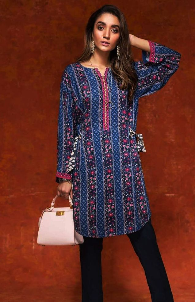 Gul Ahmed Gulistan Winter Glamour Unstitched Collection 2019 (13)