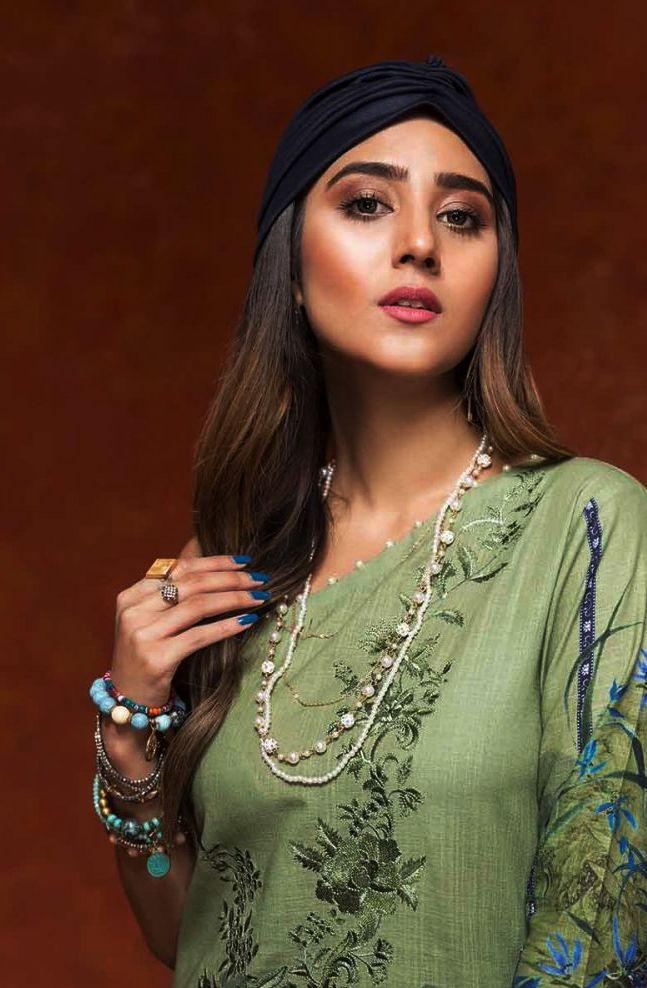 Gul Ahmed Gulistan Winter Glamour Unstitched Collection 2019 (16)