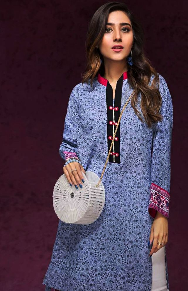 Gul Ahmed Gulistan Winter Glamour Unstitched Collection 2019 (19)