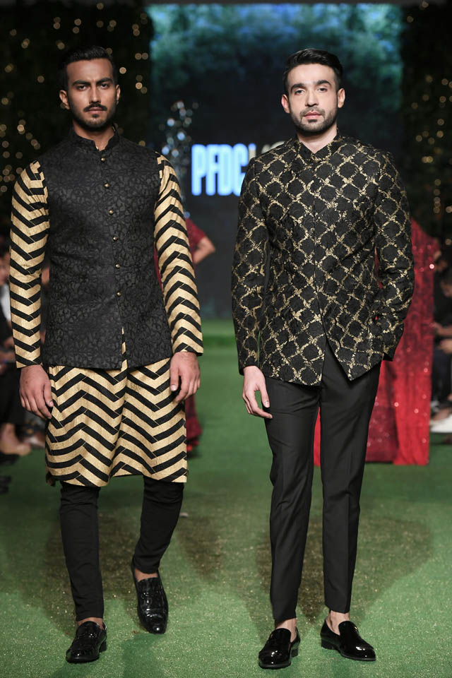 HSY Showcased Bridal Empire Collection at PFDC LOreal Paris 2019 (10)