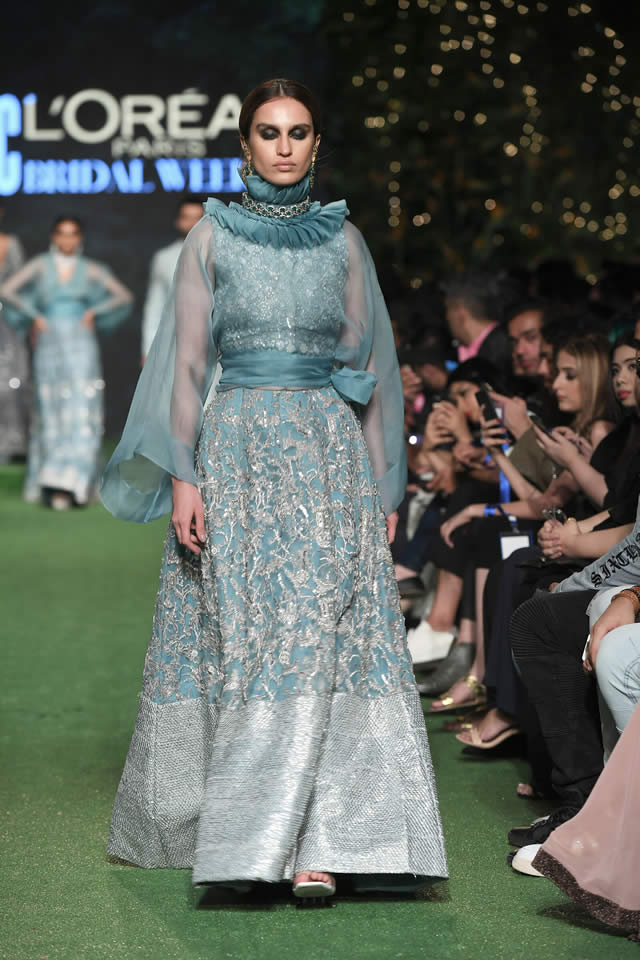 HSY Showcased Bridal Empire Collection at PFDC LOreal Paris 2019 (18)