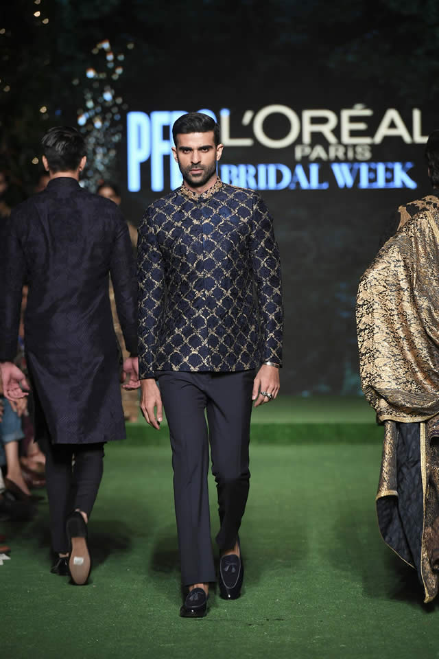 HSY Showcased Bridal Empire Collection at PFDC LOreal Paris 2019 (19)