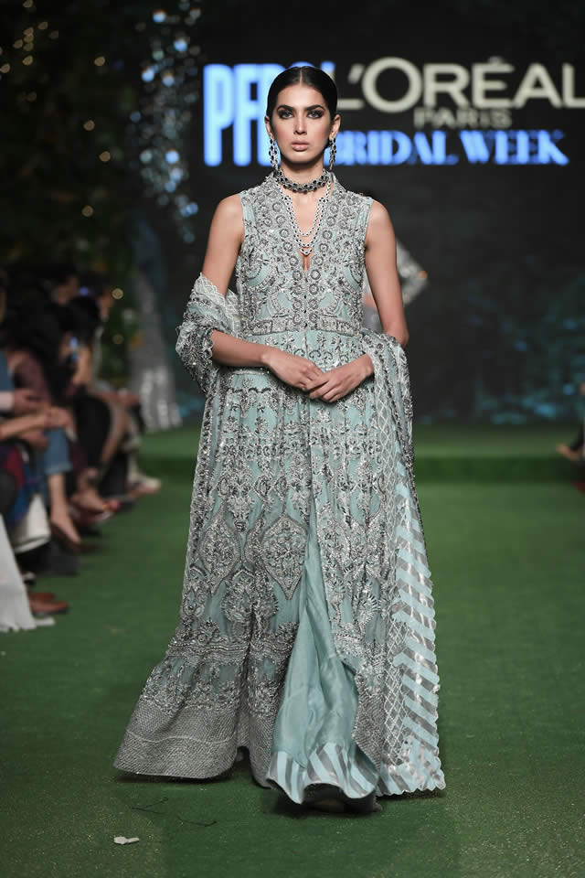 HSY Showcased Bridal Empire Collection at PFDC LOreal Paris 2019 (21)