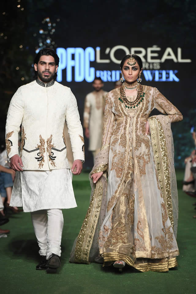 HSY Showcased Bridal Empire Collection at PFDC LOreal Paris 2019 (22)