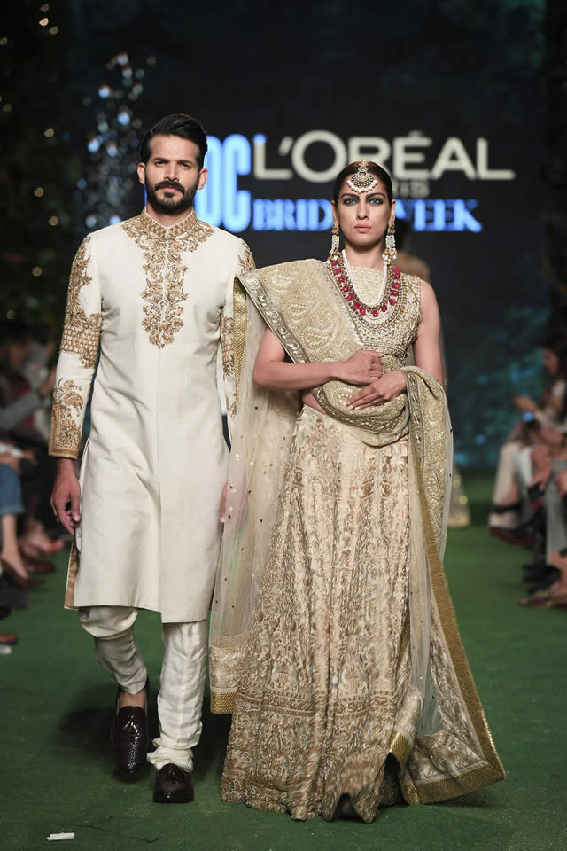 HSY Showcased Bridal Empire Collection at PFDC LOreal Paris 2019 (3)