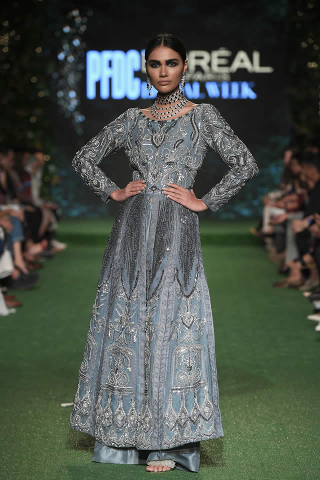 HSY Showcased Bridal Empire Collection at PFDC LOreal Paris 2019 (8)