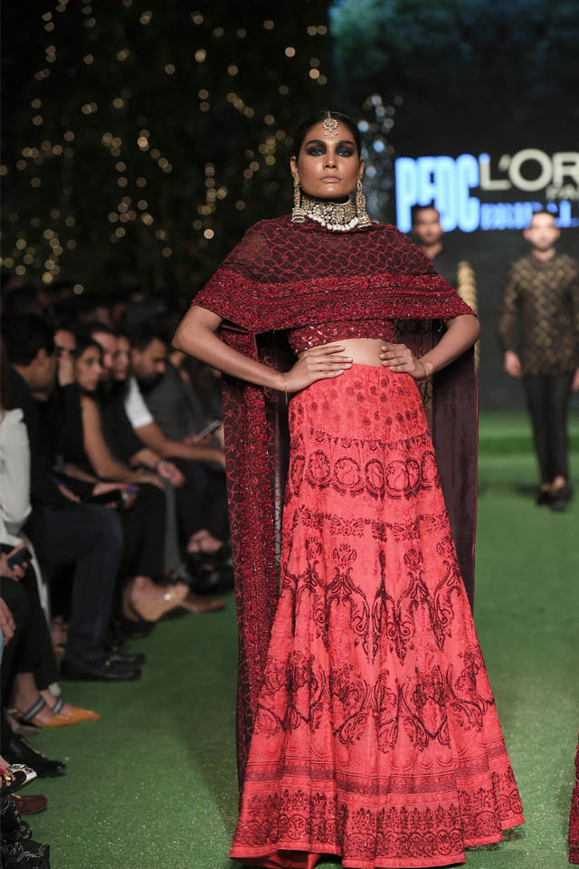 HSY Showcased Bridal Empire Collection at PFDC LOreal Paris 2019 (9)