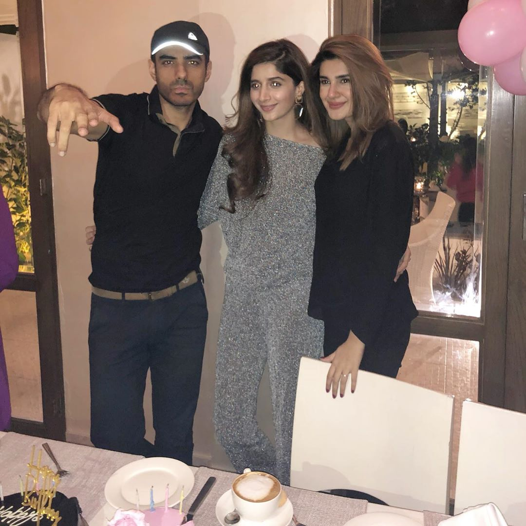 Mawra Hocane Celebrate Birthday in Karachi (6)