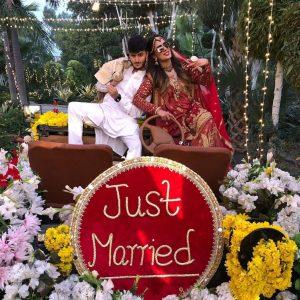 Mehwish Hayat And Shahveer Jafry Star In Abrar-ul-Haq Movie (6)