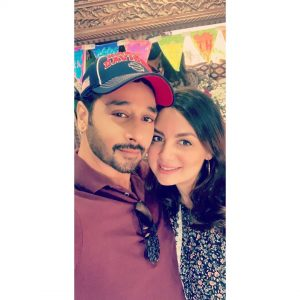 Pakistani Actor Faisal Qureshi Celebrate His Wife Sana Faysal Birthday (9)