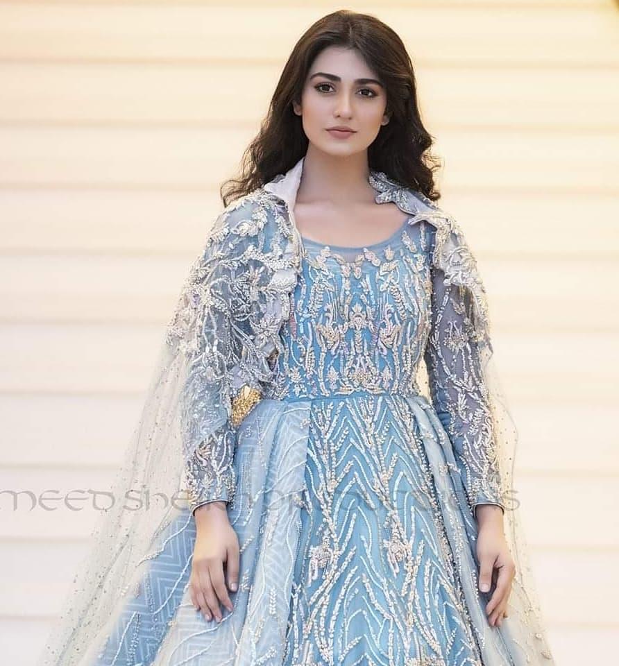 Pakistani Model Sarah Khan Photoshoot (14)
