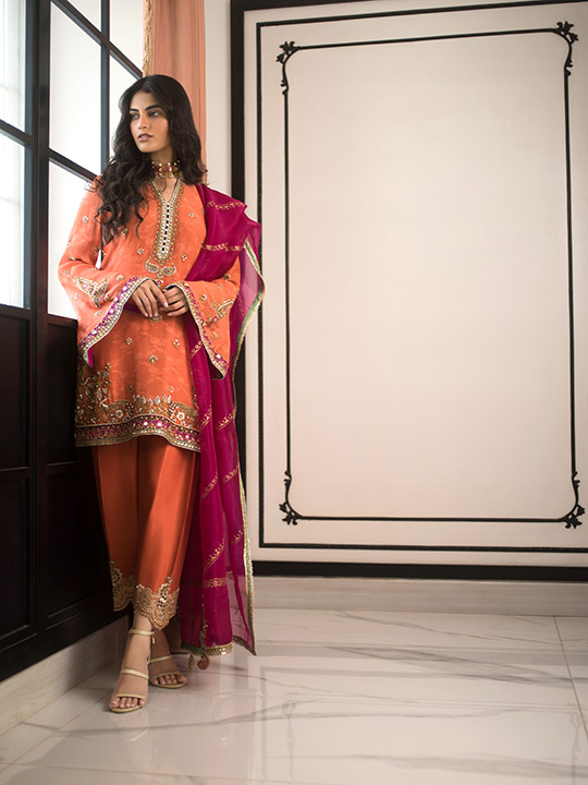 Sania Maskatiya Luxury Embroidered Dresses Collection Inara 2019 (19)