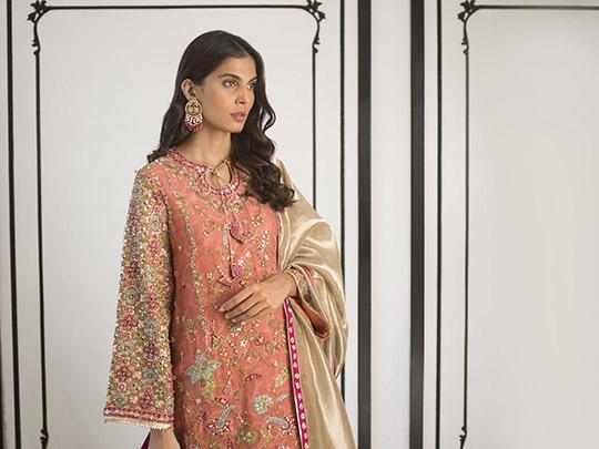 Sania Maskatiya Luxury Embroidered Dresses Collection Inara 2019 (20)
