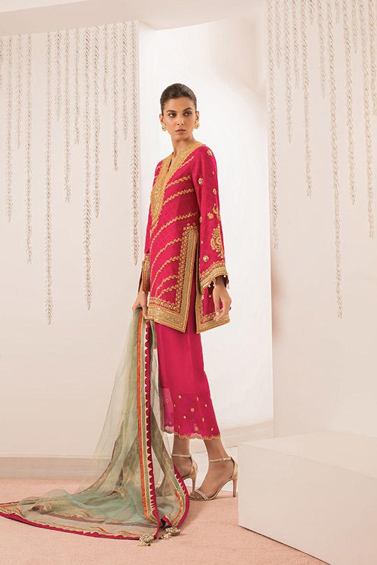 Sania Maskatiya Luxury Embroidered Dresses Collection Inara 2019 (4)