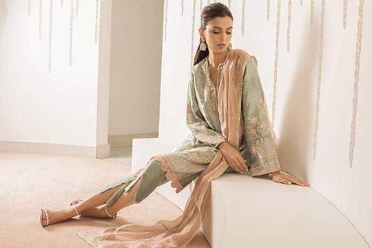 Sania Maskatiya Luxury Embroidered Dresses Collection Inara 2019 (7)