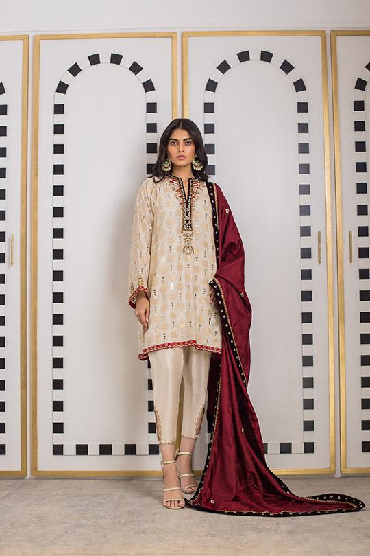 Sania Maskatiya Luxury Embroidered Dresses Collection Inara 2019 (8)