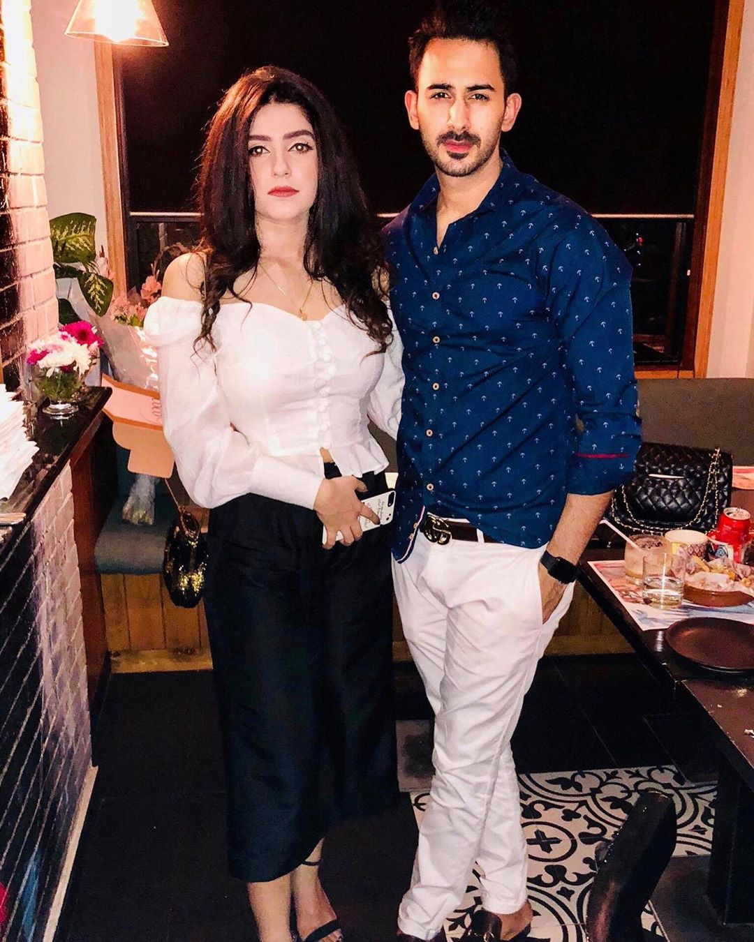 Shan Baig Pakistani Actor Images with Wife Michelle Shan (10)
