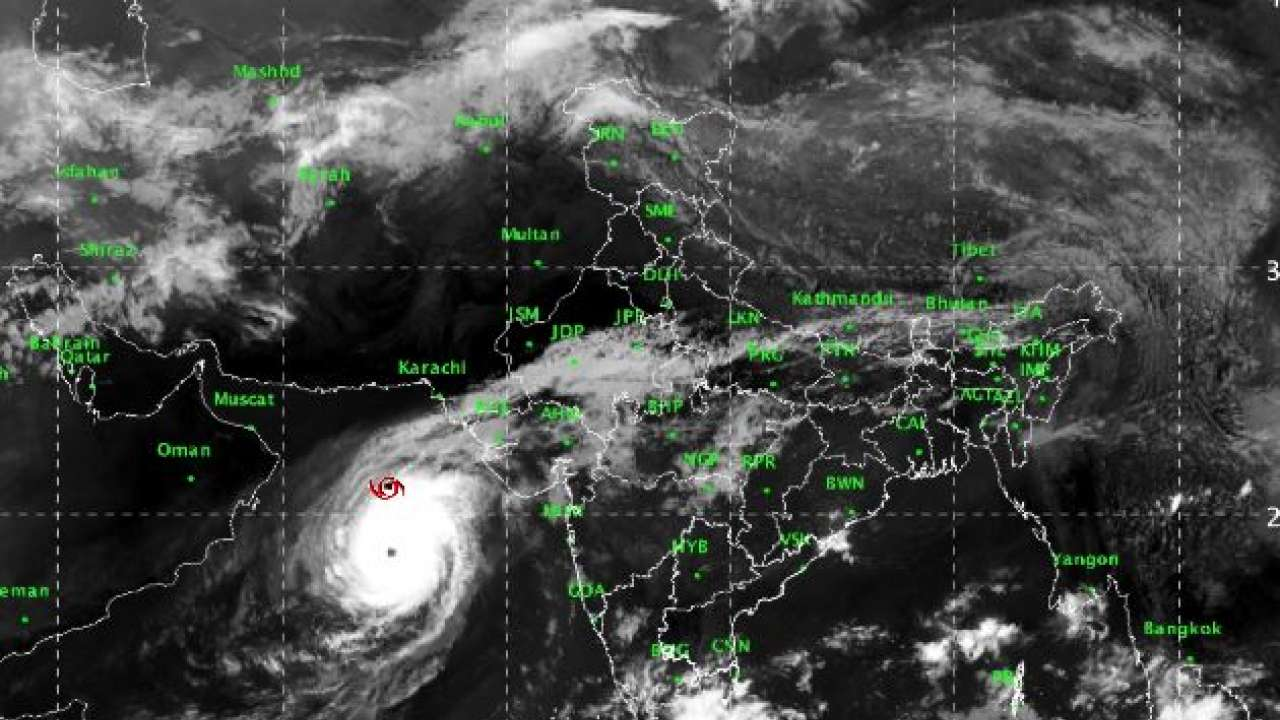 The government takes citizens to safe areas when the water rises and cyclone Kyarr hits Karachi