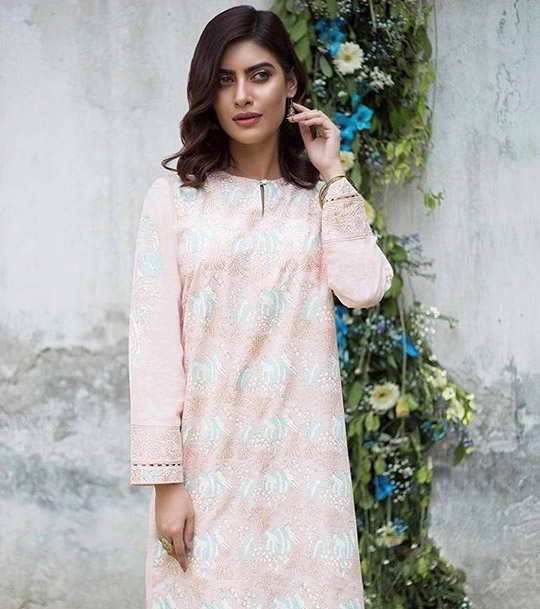 Winter Casual Pret Wear Collection 2019 By Zeen (9)