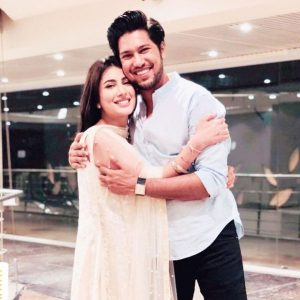 Actress Mehwish Hayat Images With Brother Danish Hayat (5)