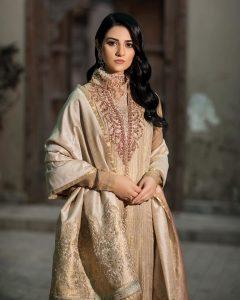 Actress Sarah Khan New Pictures for Nilofar Shahid (13)