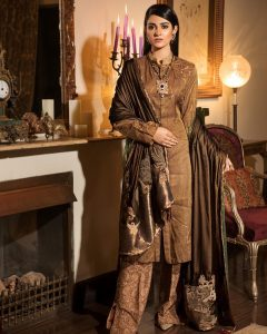 Actress Sarah Khan New Pictures for Nilofar Shahid (4)