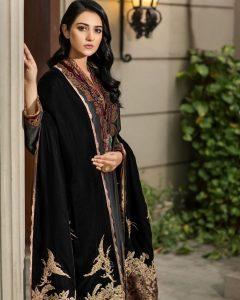 Actress Sarah Khan New Pictures for Nilofar Shahid (5)