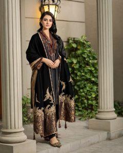 Actress Sarah Khan New Pictures for Nilofar Shahid (8)