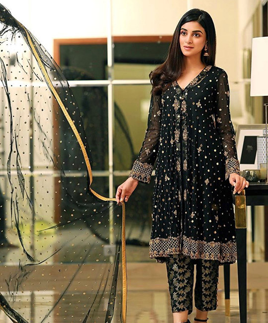 Ansab Jahangir Winter Wedding Luxury Formals 2019-20 (4)
