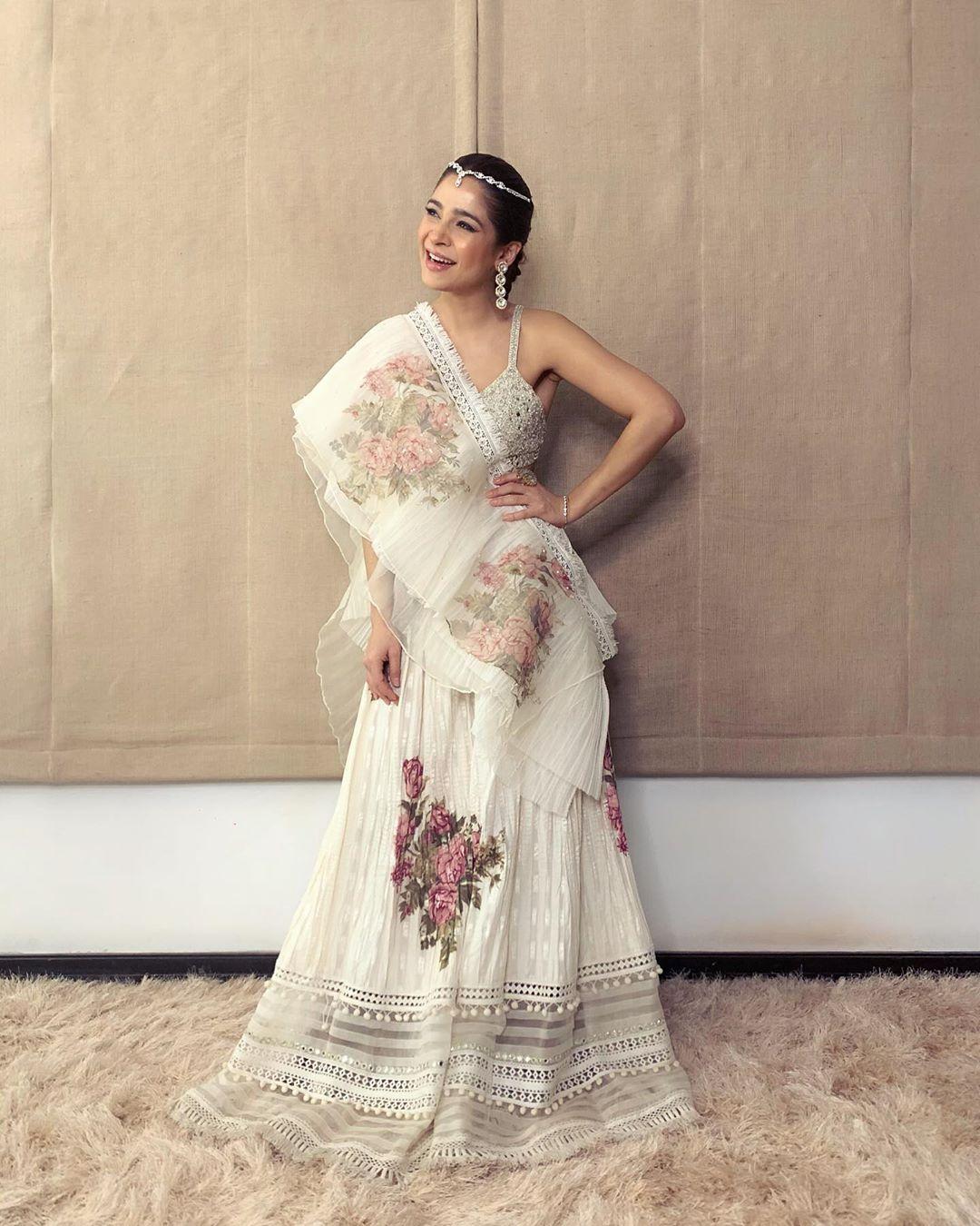 Ayesha Omar Pakistani Female Celebrity Latest Photoshoot 2019 (3)