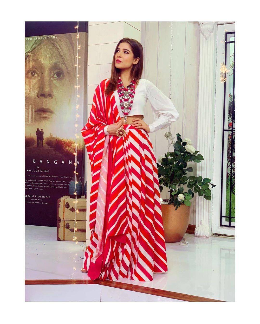 Ayesha Omar Pakistani Female Celebrity Latest Photoshoot 2019 (4)