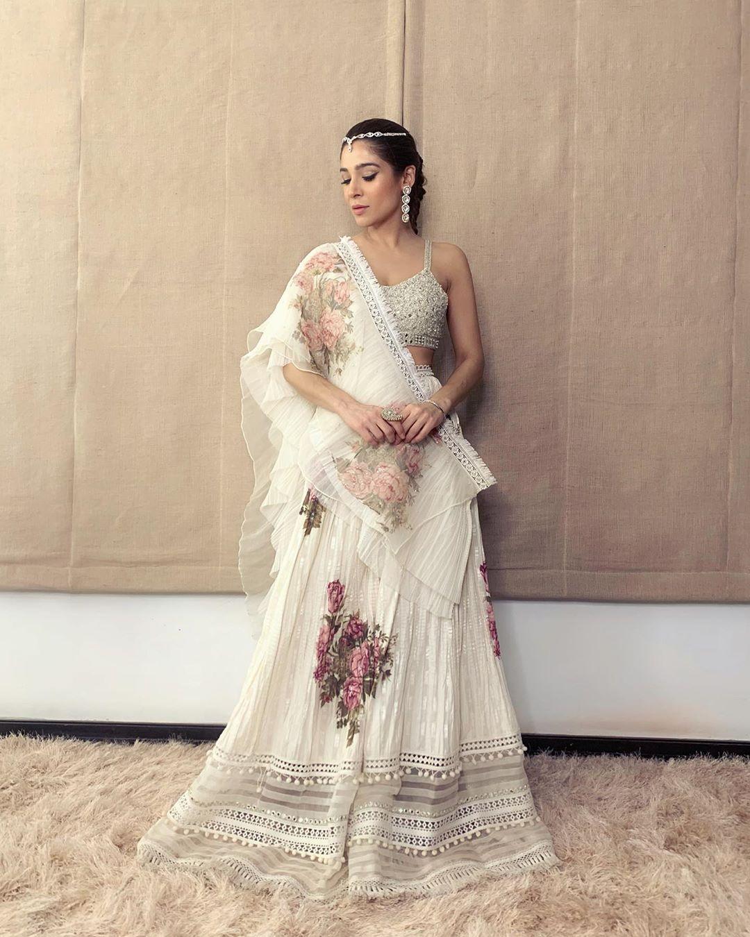 Ayesha Omar Pakistani Female Celebrity Latest Photoshoot 2019 (5)