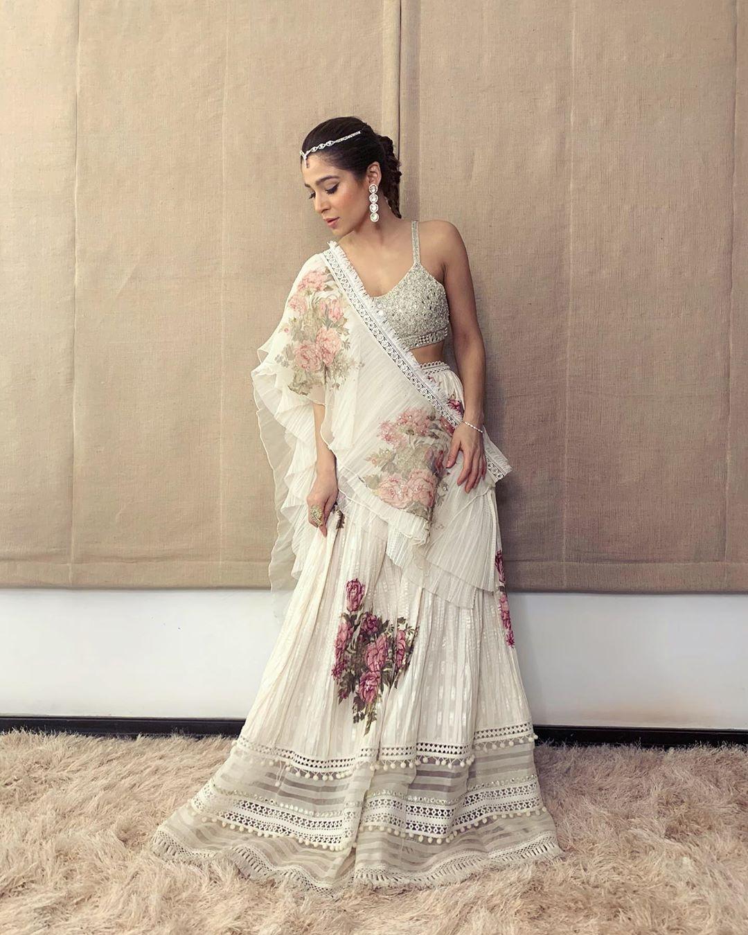 Ayesha Omar Pakistani Female Celebrity Latest Photoshoot 2019 (7)