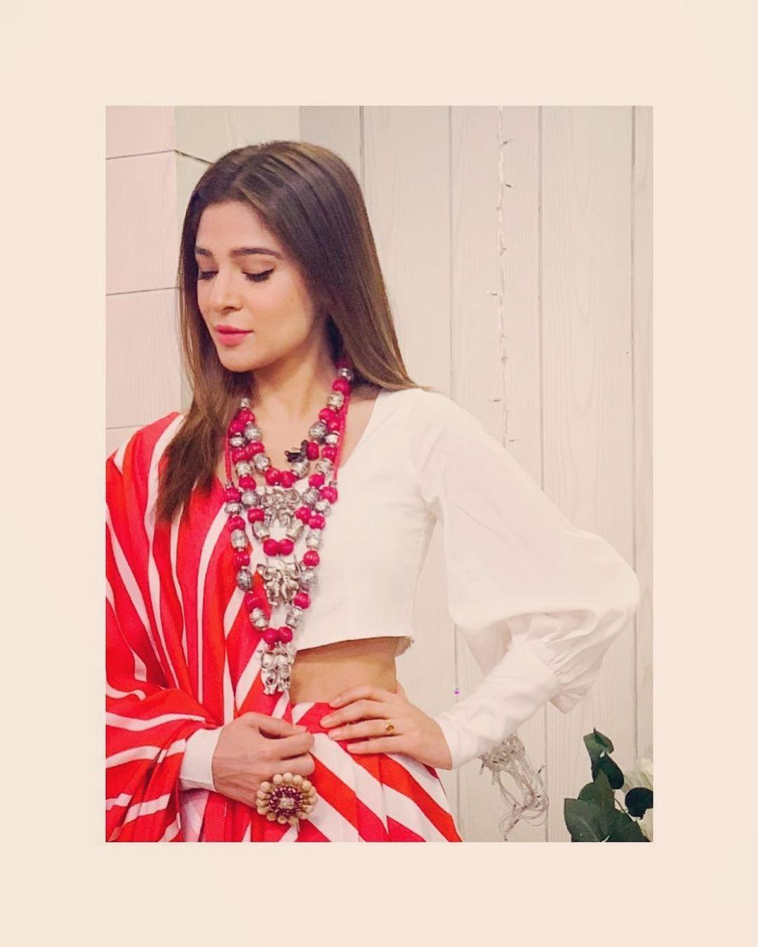 Ayesha Omar Pakistani Female Celebrity Latest Photoshoot 2019 (8)