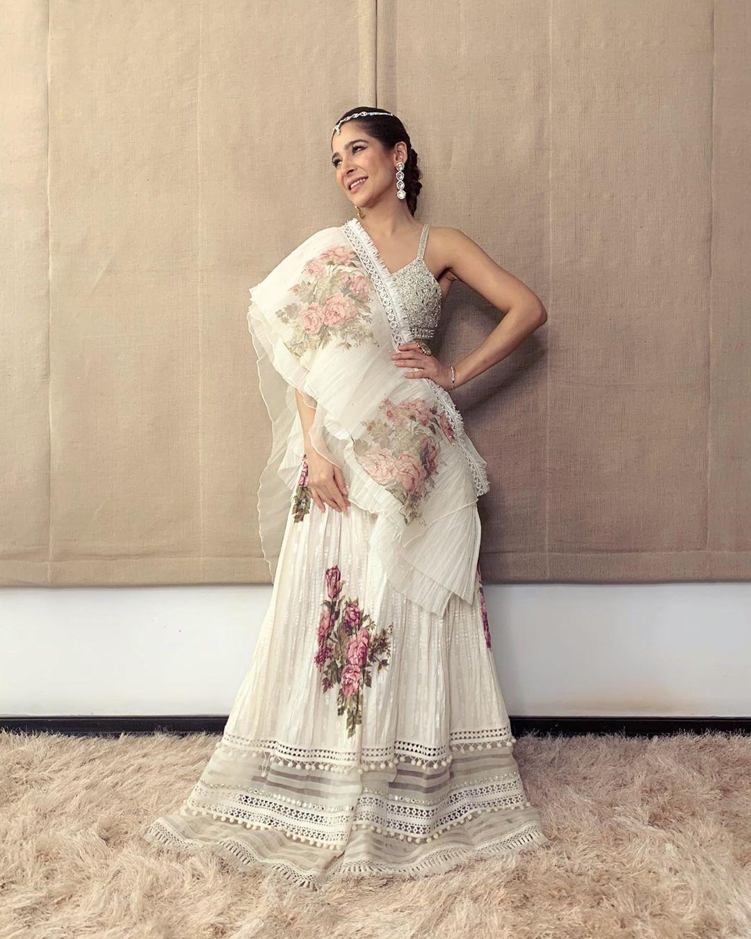Ayesha Omar Pakistani Female Celebrity Latest Photoshoot 2019 (9)