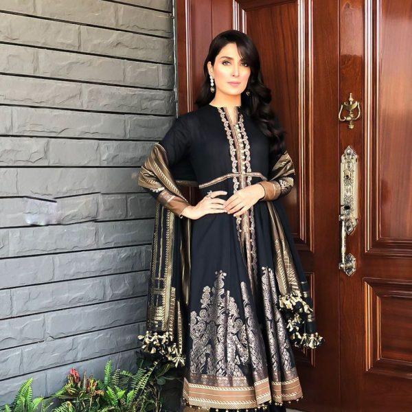 Danish Taimoor & Ayeza Khan Daughter Hoorain Pictures (11)