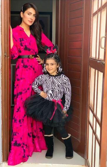 Danish Taimoor & Ayeza Khan Daughter Hoorain Pictures (3)