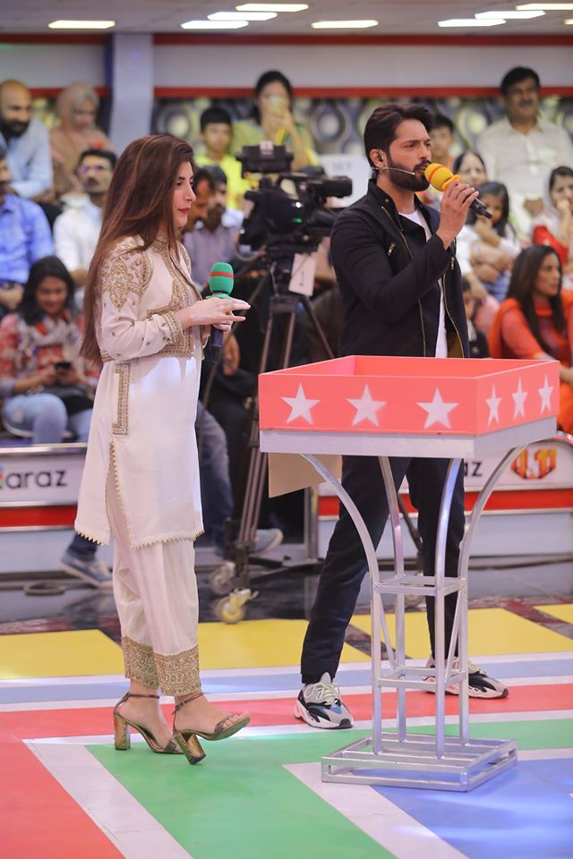 Famous Celebrities Spotted at Jeeto Pakistan Gyara Gyara 11-11 Special Show (13)