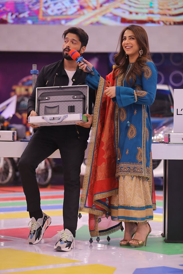 Famous Celebrities Spotted at Jeeto Pakistan Gyara Gyara 11-11 Special Show (15)